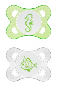 Pacifiers 101: How to use em, when you'll need em, why they could help your twinnies.