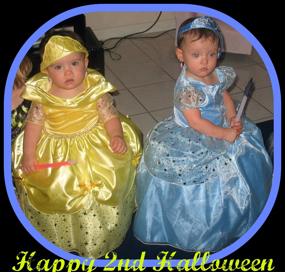 Picture Ideas With Twins: Halloween Costume Ideas For Twins And Triplets