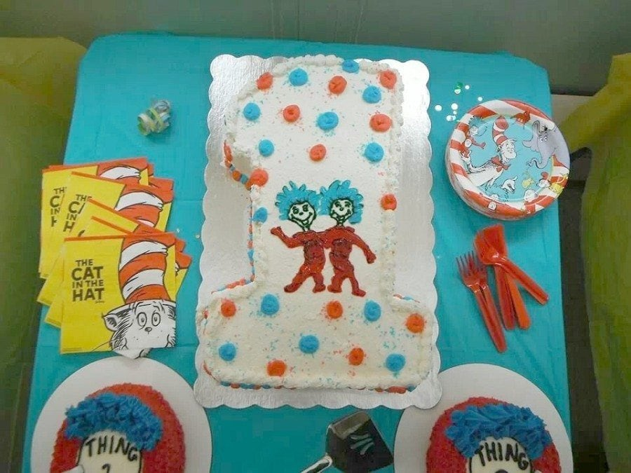 Fabulous How To Throw A Dr Seuss Birthday Party Twiniversity Funny Birthday Cards Online Alyptdamsfinfo