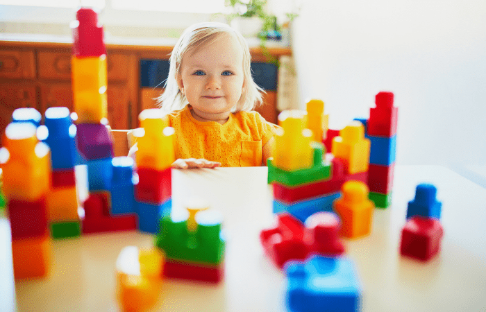 play centers toddler with blocks