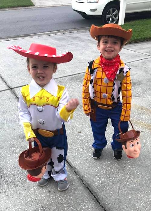 twins dressed as jessie and woody from toy story boy girl twin halloween costumes