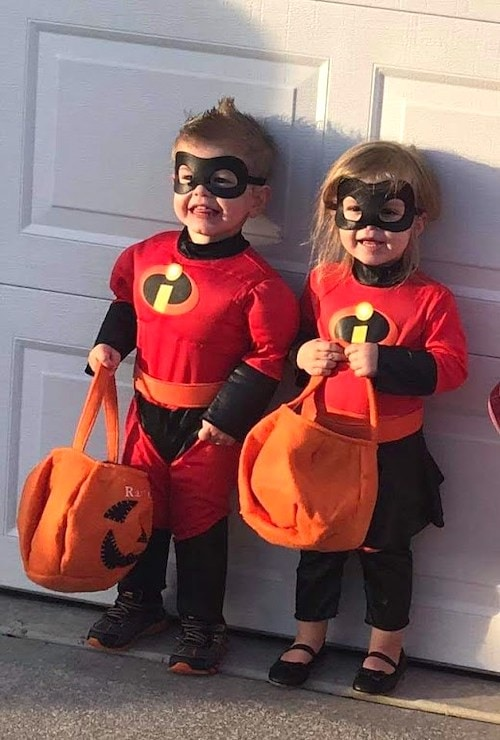 twin toddlers dressed as the incredibles boy girl twin halloween costumes
