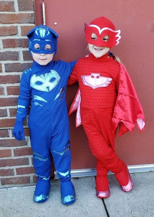 twins dressed as cat boy and owlette from pj masks boy girl twin halloween costumes