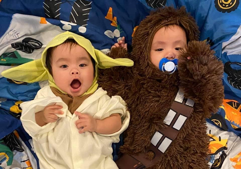 twin babies dressed as yoda and chewbacca twin boys halloween costumes