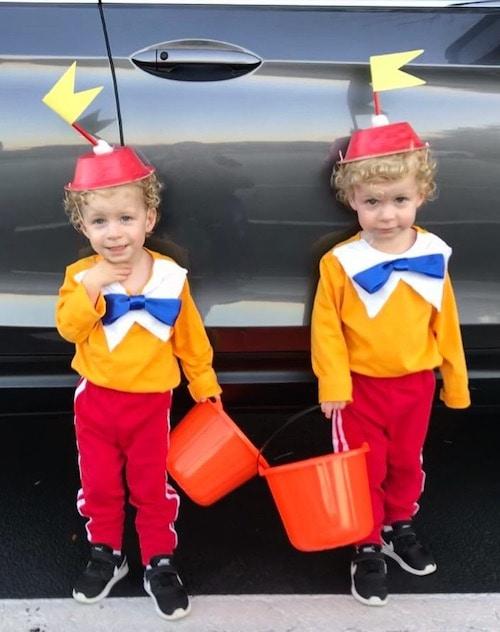 twin boys dressed as Tweedle dee and tweedle dum twin boys halloween costumes