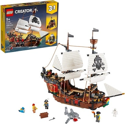 hot toys 2020 lego pirate ship