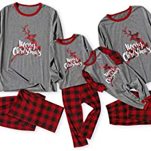 matching christmas pajamas 4 set of the same pajamas in different size