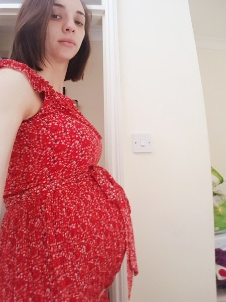 25 weeks pregnant with twins