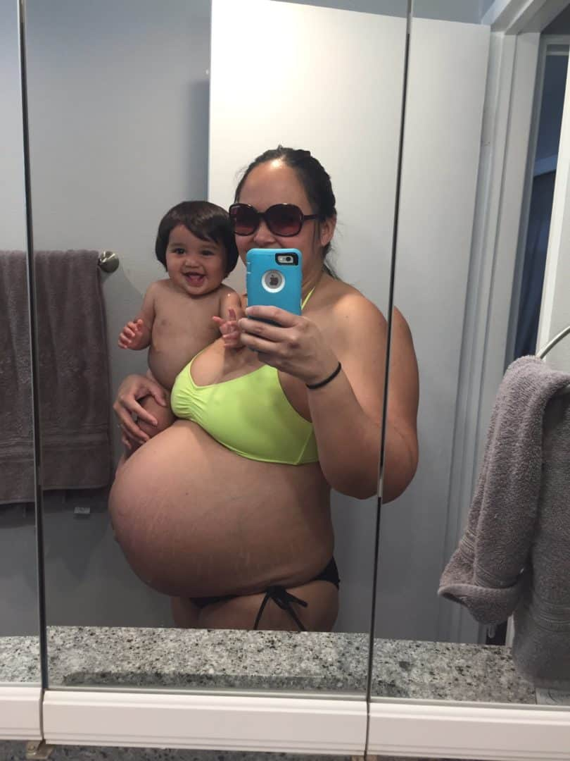 32 weeks pregnant with twins