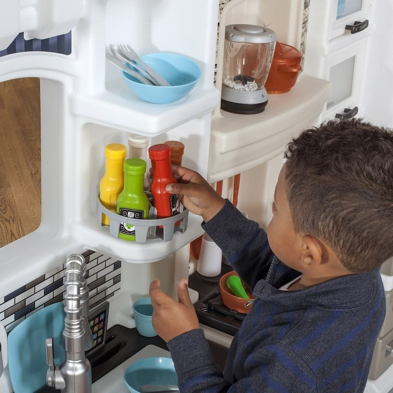Tips for Cooking with Little Kids