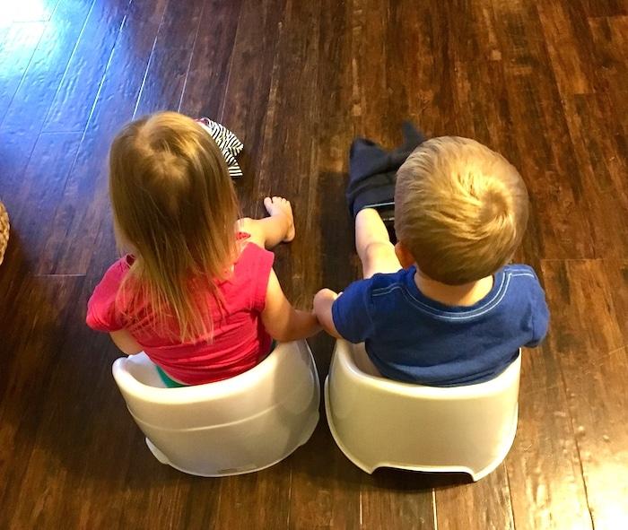 potty training boy/girl twins