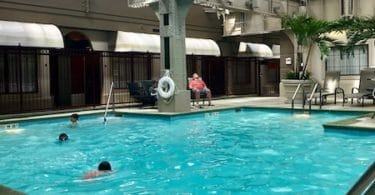 indianapolis crowne plaza pool