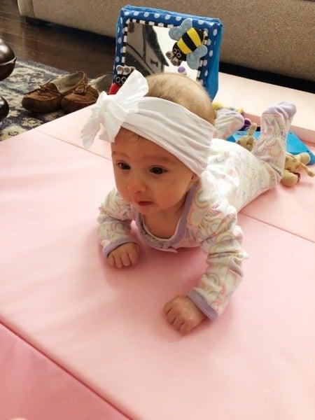 baby on tummy plagiocephaly