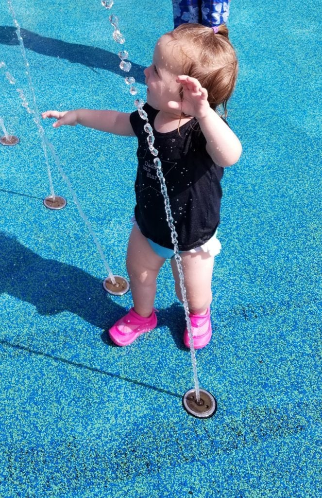 girl on splash pad one on one dates