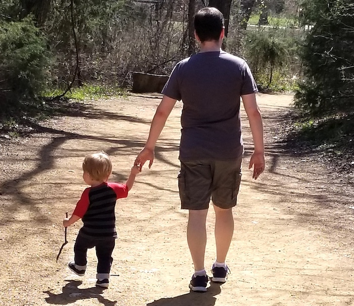 dad walking with toddler one on one dates
