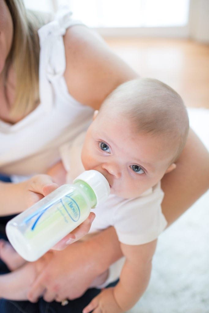 baby having a bottle don'ts of bottle feeding