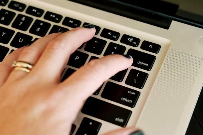 laptop keyboard losing your digital photos