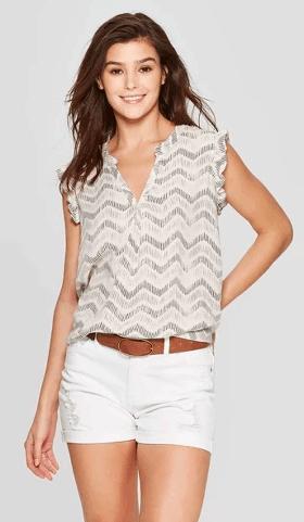 sleeveless blouse summer styles for mom