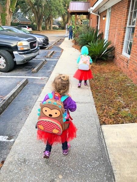 kids walking to school bilingual education