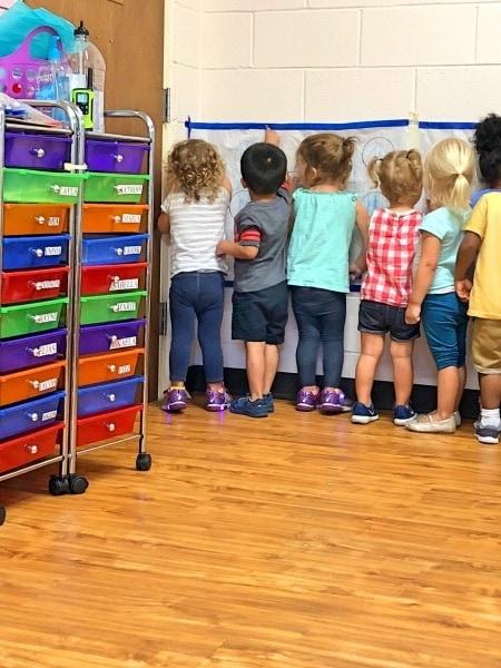 kids in school bilingual education