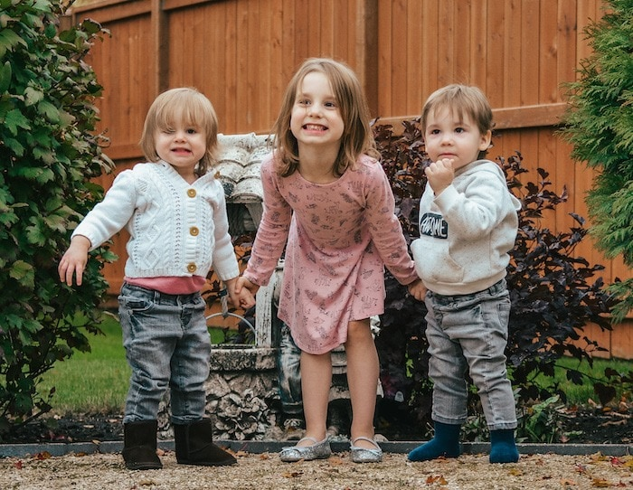 twin toddlers and older sister Twin Mom Life Easier