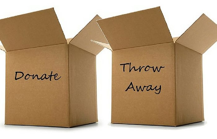 donate and throw away boxes