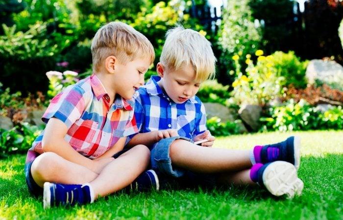 How I Got My Twins to Share - Twiniversity