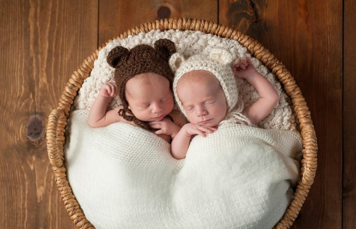 expecting twins classes