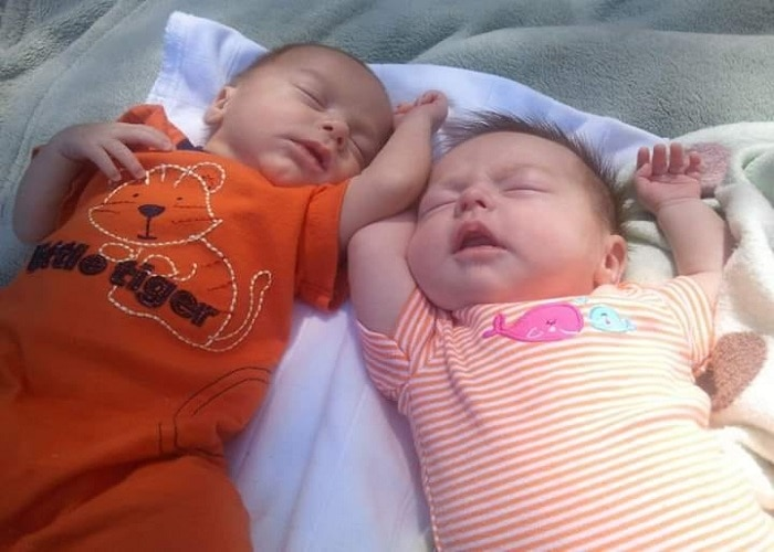 The First Year with Twins Week 7