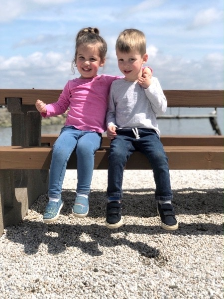 kids by the lake family vacation destinations