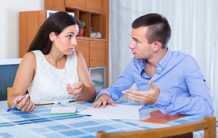 couple arguing about money financial crisis