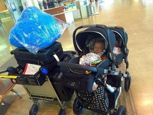 Tips for Flying with Babies and Little Kids - Twiniversity