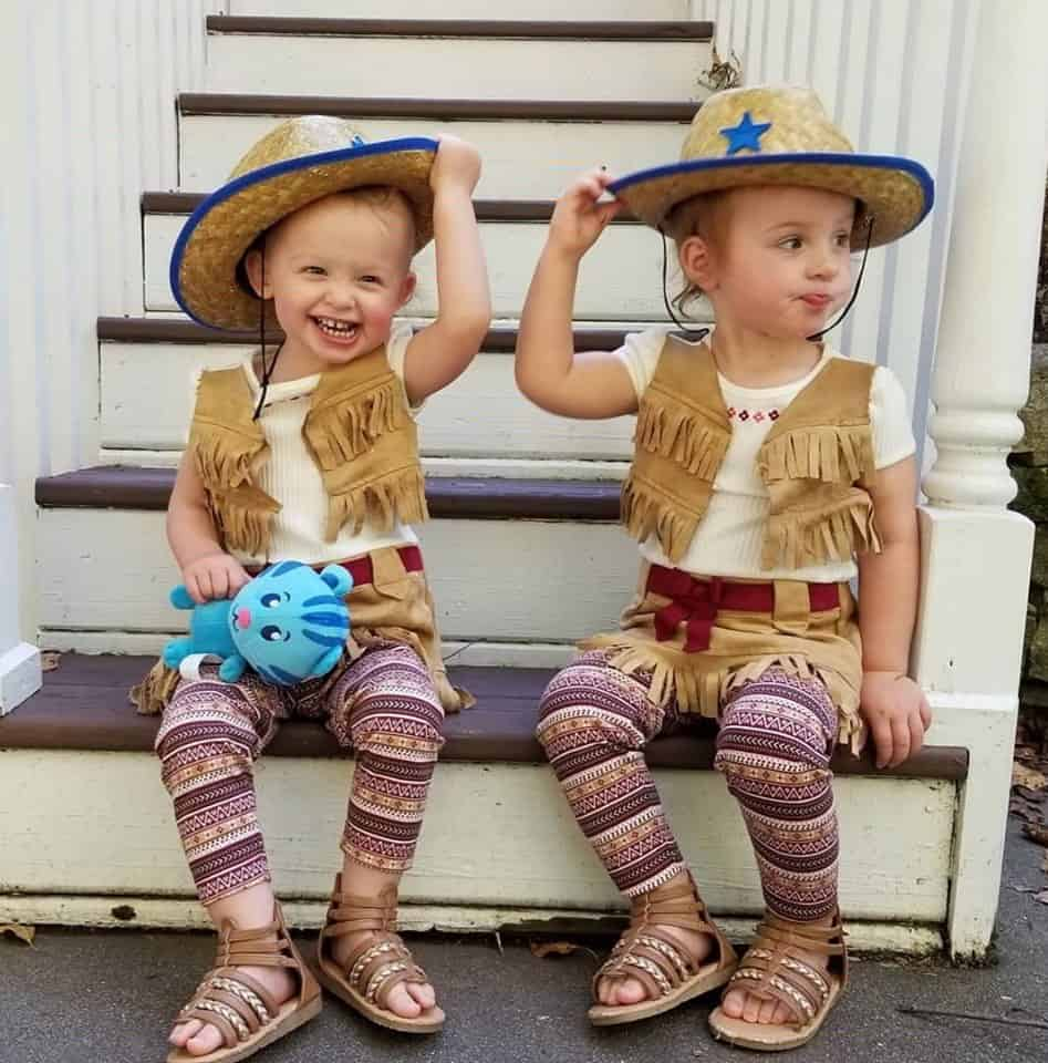 twin girl names twin halloween costumes cowgirls