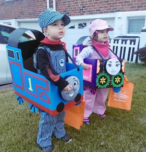 twin halloween costumes Thomas the Train