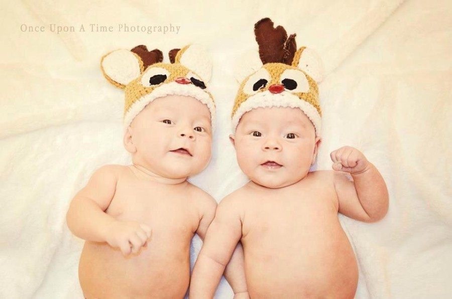 Your Twins First Christmas: How Not to Break the Bank