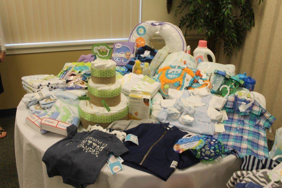Baby Gift Exchange Ideas : Maximizing baby shower gifts twiniversity