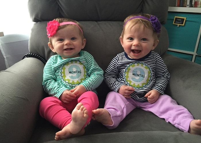 twins 9 months old