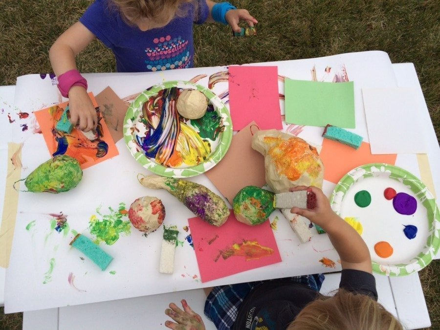 Kid crafts for the jewish holiday of sukkot twiniversity for Arts and crafts classes nyc