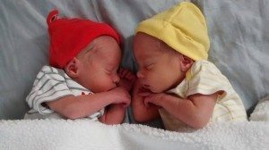 twinsbabiesnewborn2