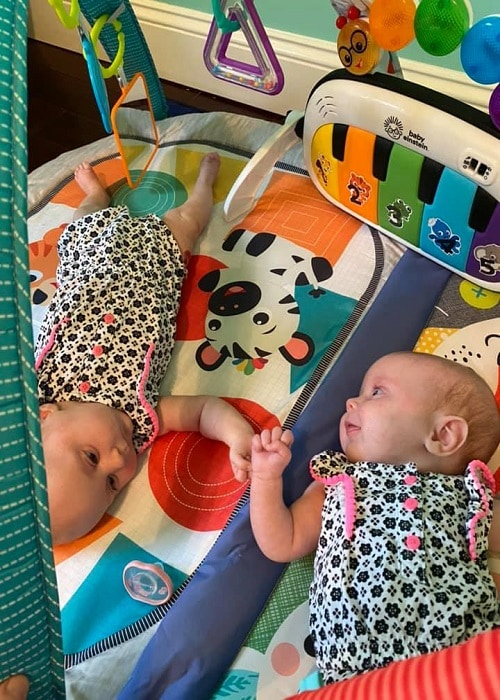 10 Reasons Why Having Twins Totally ROCKS!