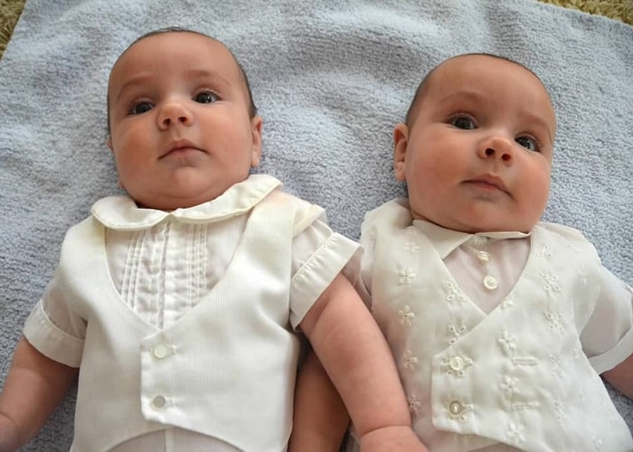 The First Year with Twins Week 15 and 16