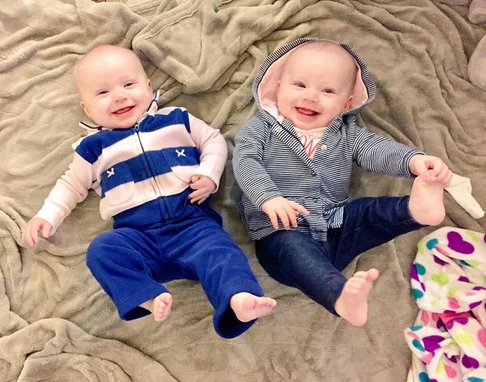 twins 5 months